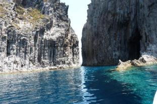 divaluna-isola-di-ponza-in-barca