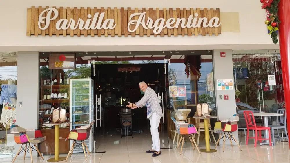 Tenedor Argentino abre restaurante en tiempos de pandemia