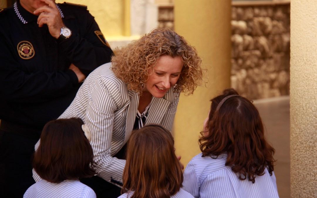 Los escolares de Torrent podrán estudiar Lenguaje de signos y Educación vial como  asignaturas Extraescolares en los centros educativos