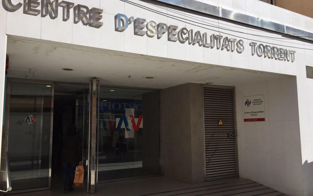Sanidad deja el Centro de Especialidades de Torrent sin seguridad por las tardes