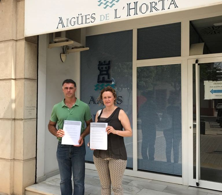El PP de Torrent presenta 2.423 firmas en el Ayuntamiento para que se aplique la Subvención RECICLA