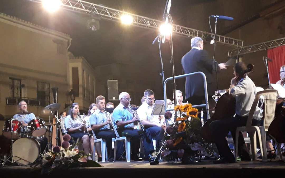 El PP acompaña a las dos bandas de música de Torrent en el concierto celebrado este sábado