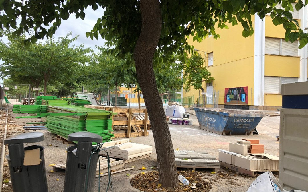 """El PP de Torrent denuncia que """"Torrent inicia el curso escolar entre cascos y andamios"""""""