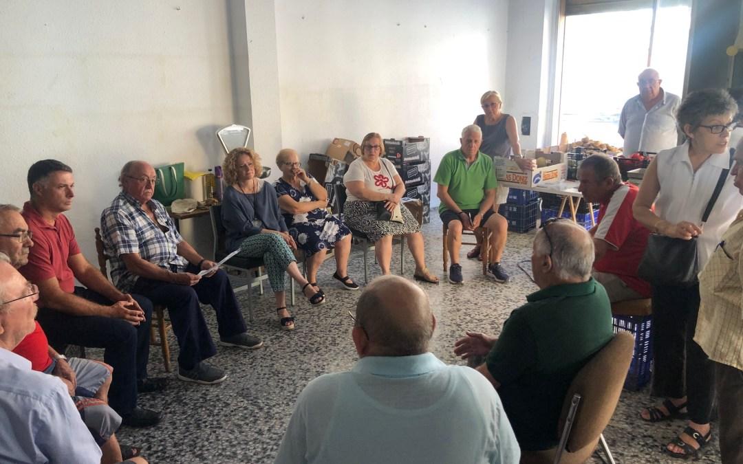 El PP se reúne con vecinos de la Ermita y calle Valencia que denuncian «la degradación paulatina del barrio»