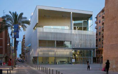 El Ayuntamiento perdona los gastos de comunidad a Aigües de l'Horta con el voto en contra del PP