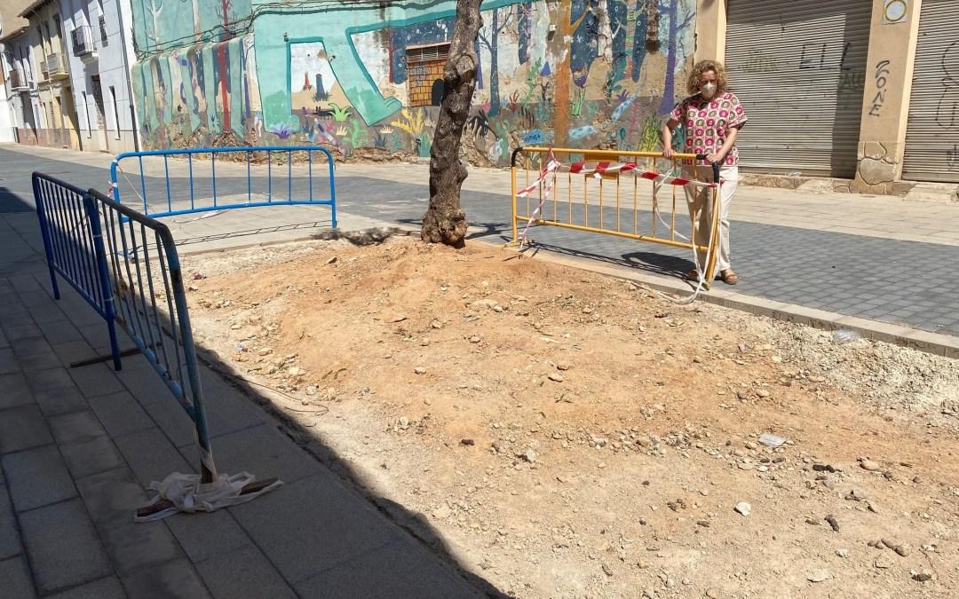 El PP de Torrent pregunta cuántos años han de pasar para que se acabe la obra de la Plaza de las Fuentes