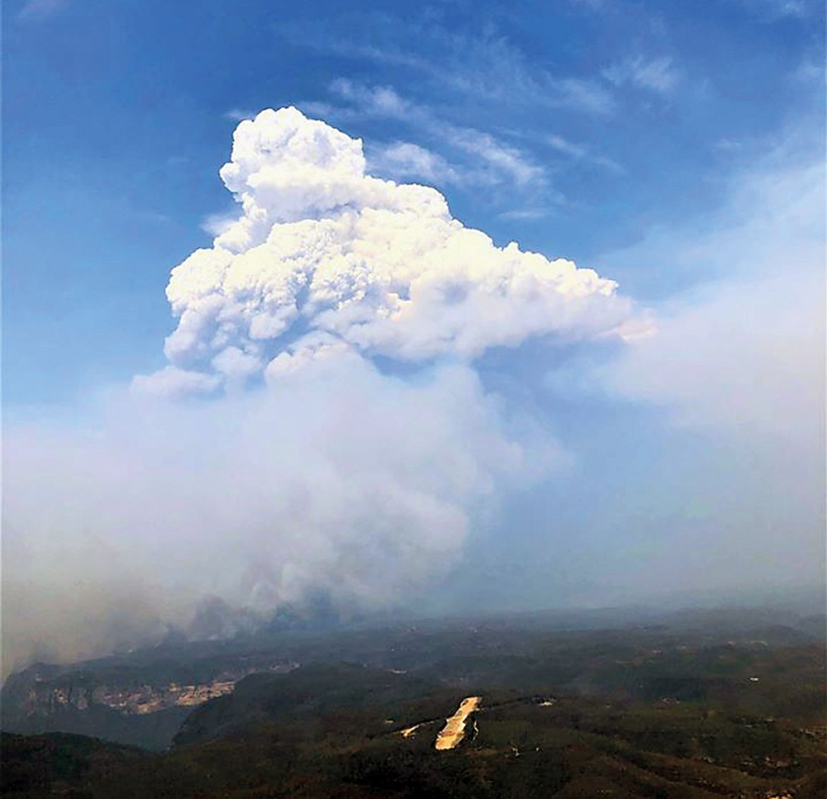 A pyrocumulonimbus cloud forms above the Gospers Mountain fire in NSW during the 2019/20 fire season.