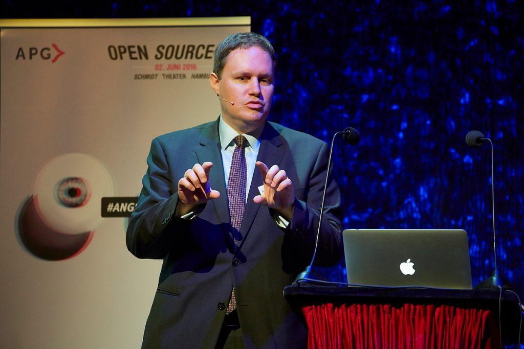 Dr. Carsten Brosda, Staatsrat für Kultur, Medien und Digitales, Open Source 2016 der APG im Schmidt Theater Hamburg am 02.06.2016