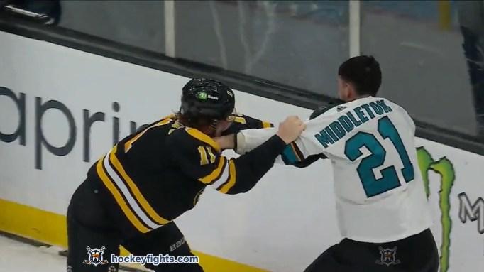 Trent Frederic vs. Jacob Middleton
