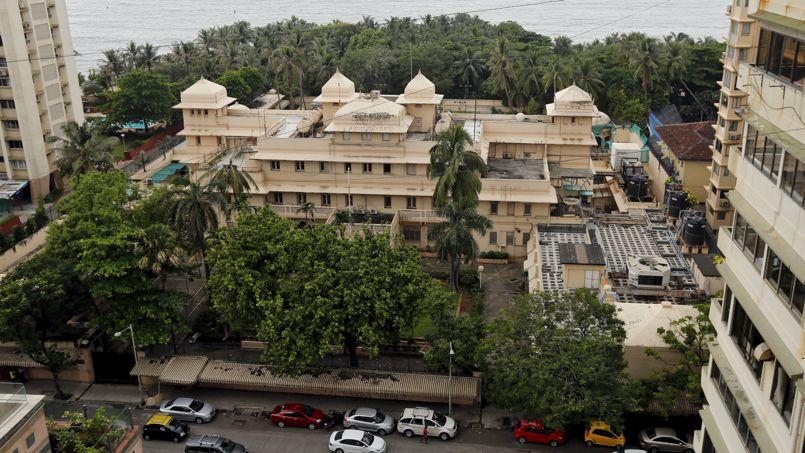 Ce manoir de 4600 m², ancien siège du consulat amércain situé en bord de mer à Mumbai (Inde) a été vendu pour la somme record de 100 millions d'euros. Crédit Photo: Shailesh Andrade/Reuters