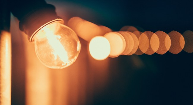 Cure an Irritation: How Do I Replicate the Light of an Old-Fashioned Incandescent Light Bulb?