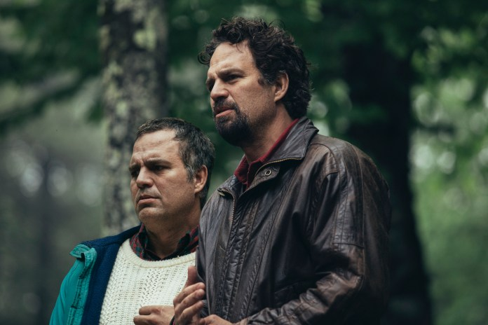 Mark Ruffalo as Thomas (left) and Dominick Birdsey in 'I Know This Much Is True'