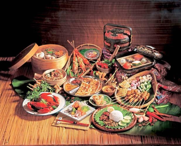 马来西亚丰富的文化还包括传统食品的聚宝盆。您可以在烹饪课上学习制作其中一些美食。