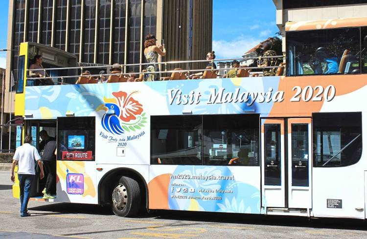 Tourists heading to Malaysia can purchase a Unifi Travel Pass to stay connected with loved ones. — Bernama