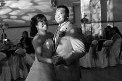 wedding-reception.bride-and-groom-first-dance.wedding-photos.a-picturesque-memory-photography
