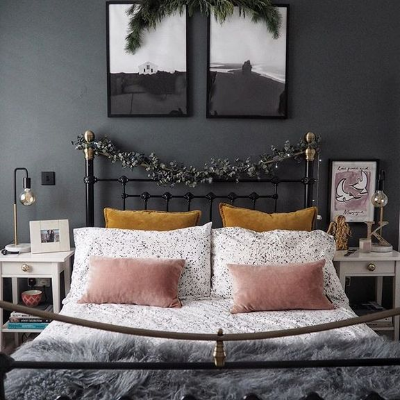 +26 Outrageous Bedroom Ideas for Small Rooms for Adults ... on Bed Ideas For Small Rooms  id=62661