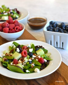Summer Time Salad {Berry & Goat Cheese Salad}