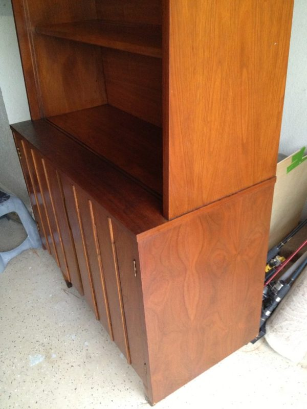 The wood grain on this cabinet is gorgeous
