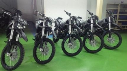KLX 250 hitam modifikasi