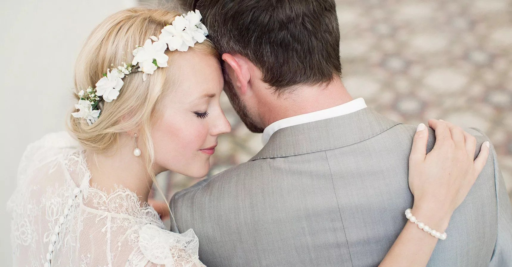 Accessorizing Your Wedding Dress: Rules For Wedding Day