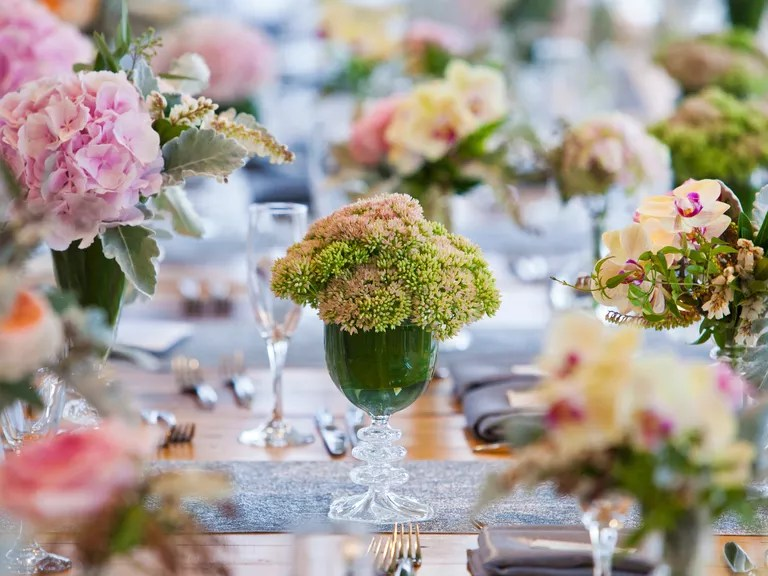 9 Ways To Save On Wedding Flowers