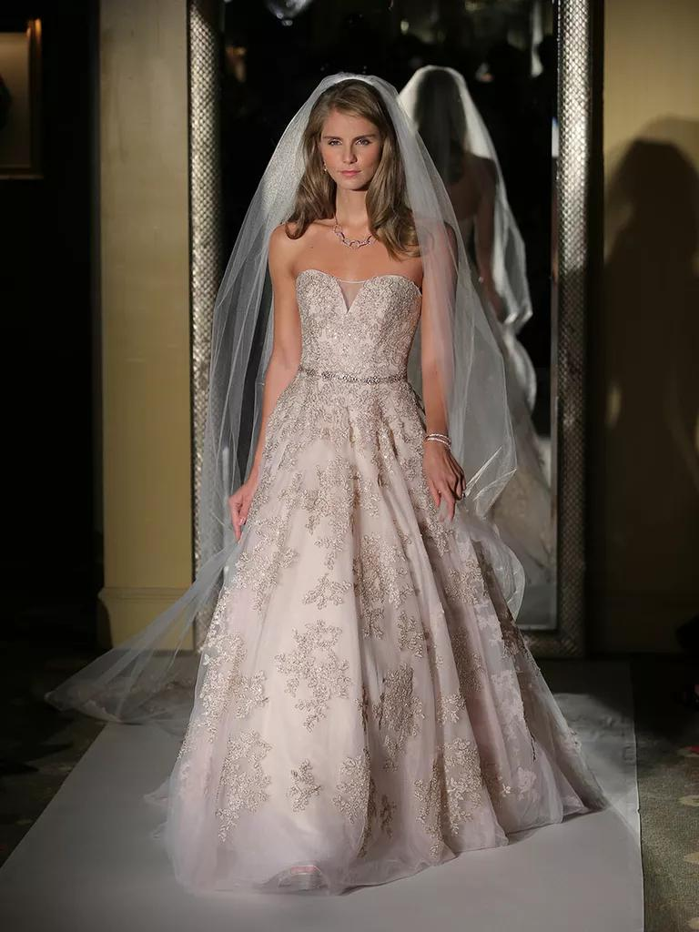 Oleg Cassini Fall 2017 Collection Bridal Fashion Week Photos