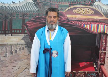 Talal Jassim Almughrub : Apiculteur à Jizan en Arabie Saoudite.