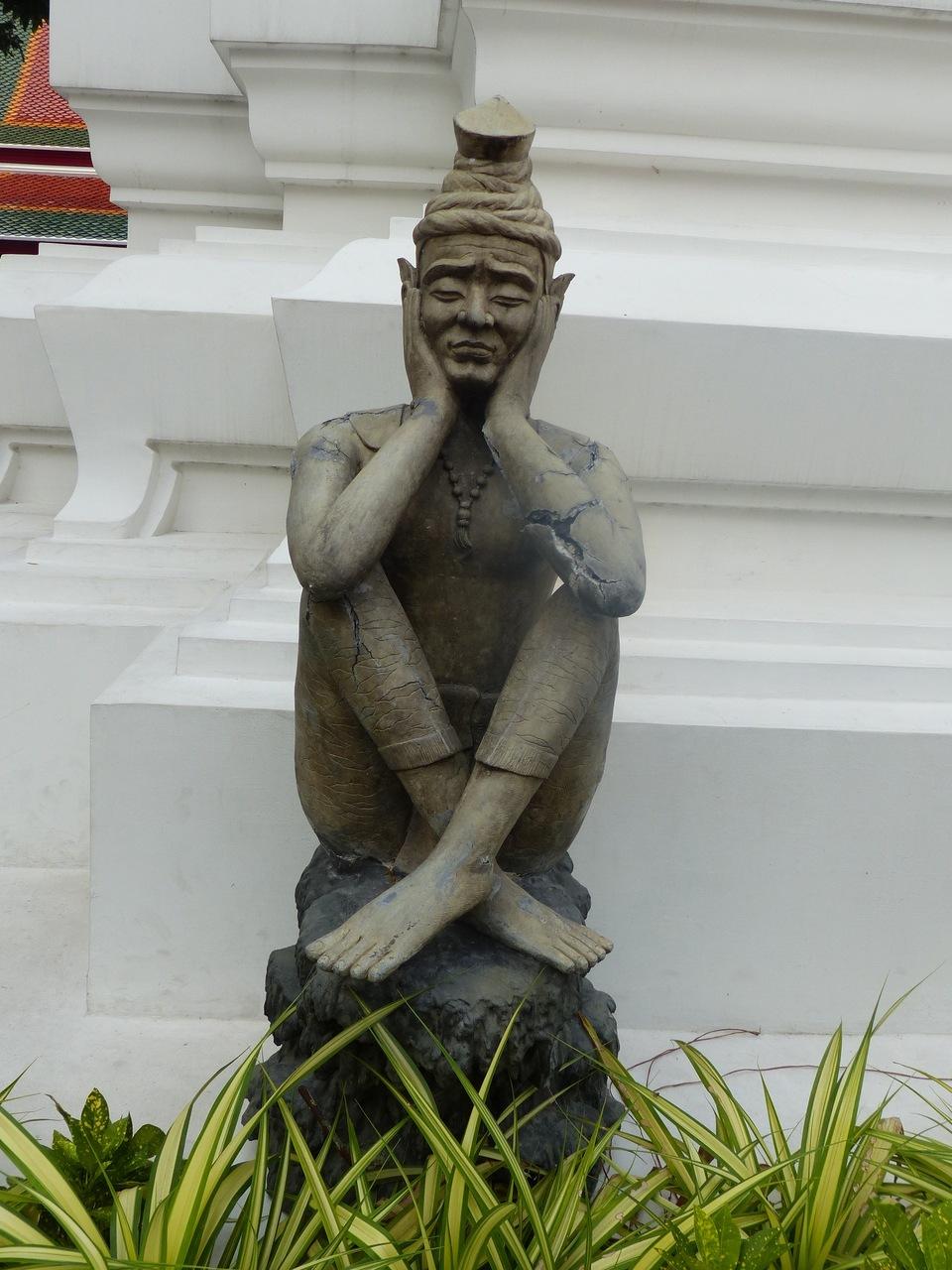 statue-palais-bangkok