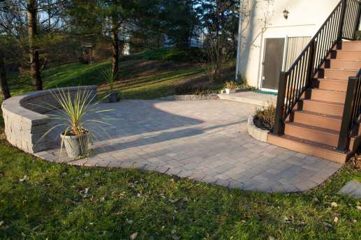 natural stone patio and retaining wall in Berwyn, pa
