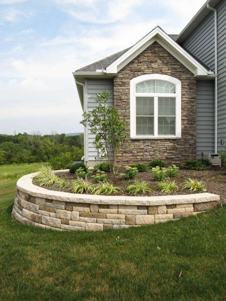 natural stone wall in lancaster, pa