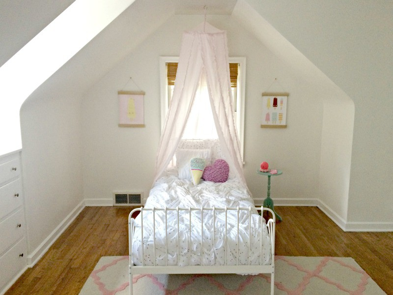 Little Girl Ice Cream Bedroom