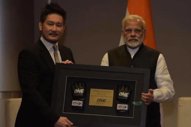 Destination India: Chatri Sityodtong Shares Picture With Indian PM