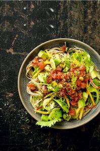 das-neue-kochen-poke-soba-avocado-mit-ei