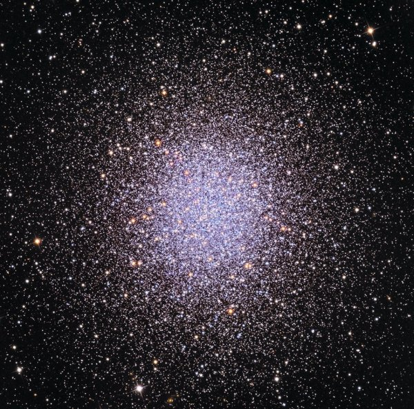 APOD: 2017 May 12 - M13: The Great Globular Cluster in ...