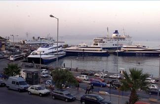 Η Ραφήνα και το λιμάνι της
