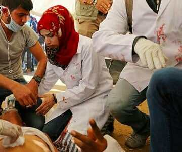 Israeli Snipers Kill Palestinian Nurse, Injure 100, at Gaza March of Return
