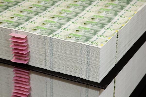 Schweden will Banken zwingen, Bargeld zu akzeptieren