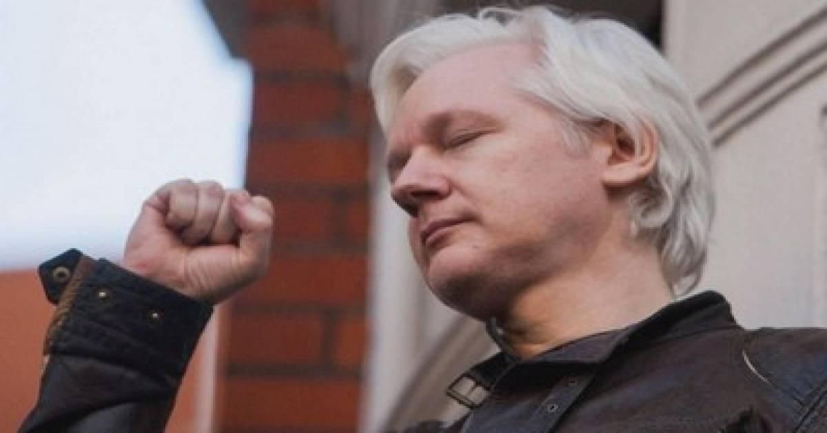 Great John Pilger Interview – the Disgraceful Persecution of Julian Assange