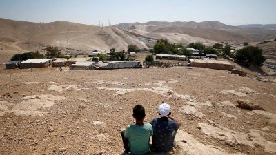 Israel Is Bulldozing Khan Al Ahmar – and with It the Two-State Solution   Global Research – Centre for Research on Globalization