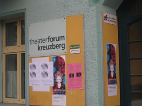 Überfall auf das Theater Forum Kreuzberg   Magazin Info3