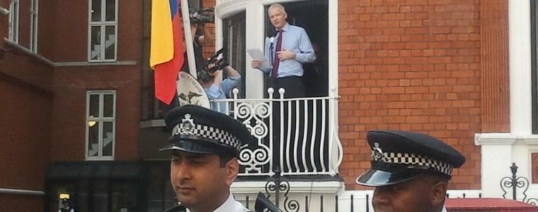 Ecuadors Präsident drängt darauf, dass Assange die Botschaft verlässt