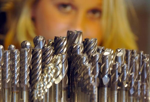 fraunhofer-institut-fertigt-hartmetall-werkzeuge-per-3d-druck