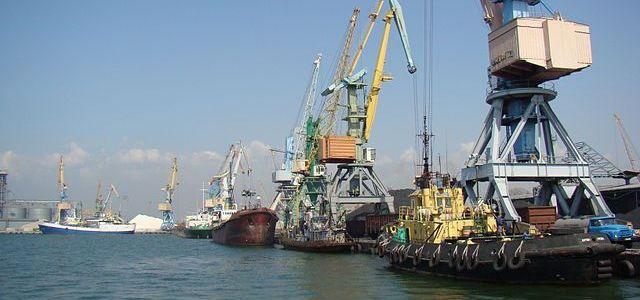 oekraine-zet-15-schepen-vast-vanwege-bezoeken-krim