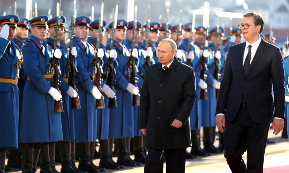vladimir-putin-visits-serbia-as-nato-encircles-the-country-it-attacked-in-1999-video