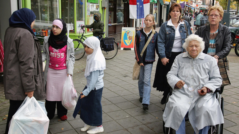 dutch-city-decides-to-diversify-street-names-because-too-many-honor-white-western-men