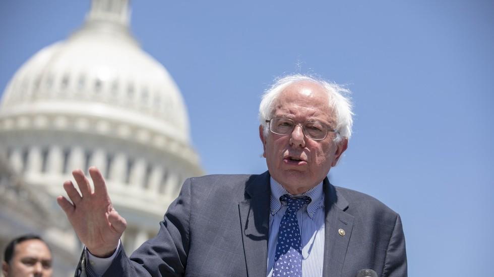 democrats-howl-after-bernie-sanders-refuses-to-recognize-guaido-as-venezuelas-leader