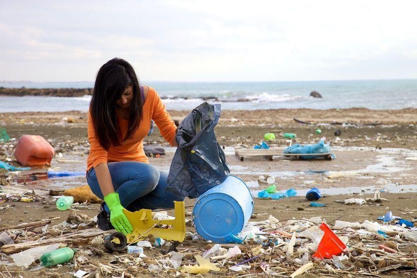 de-ongelofelijke-eu-avonturen-van-het-milieumeisje-uit-zweden-8211-de-lange-mars-plus