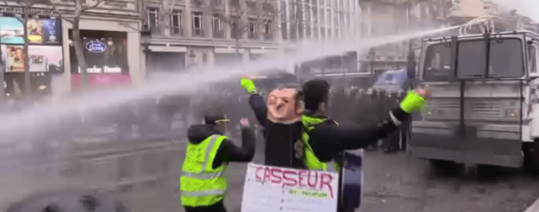 act-17-police-soak-yellow-vest-demonstrators-with-water-cannon-fire-teargas-video