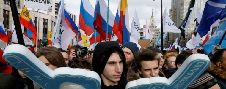 thousands-rally-in-moscow-for-freedom-of-the-internet-but-rt-not-let-in-to-the-party