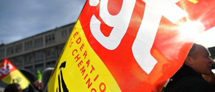 solidaritat-mit-gelbwesten-gewerkschaften-rufen-zu-massenprotesten-in-paris-auf